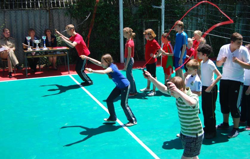 Спортивные конкурсы со скакалкой